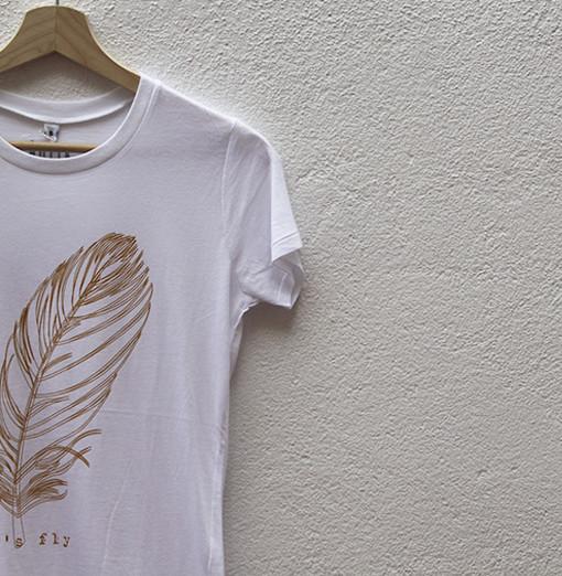 antik new concept el espacio de los nuevos creadores. Camiseta Let's Fly